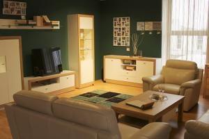 Zasady układania glazury na ścianę